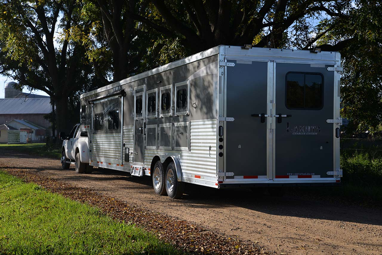 Lakota Trailers Aluminum Horse And Stock Living Quarters Gooseneck Per Pull