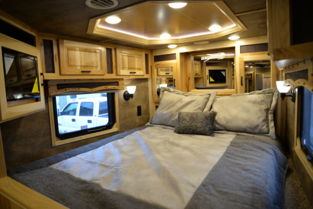 Bedroom in BH8X16SR Horse Trailer with Bar   Lakota Trailers