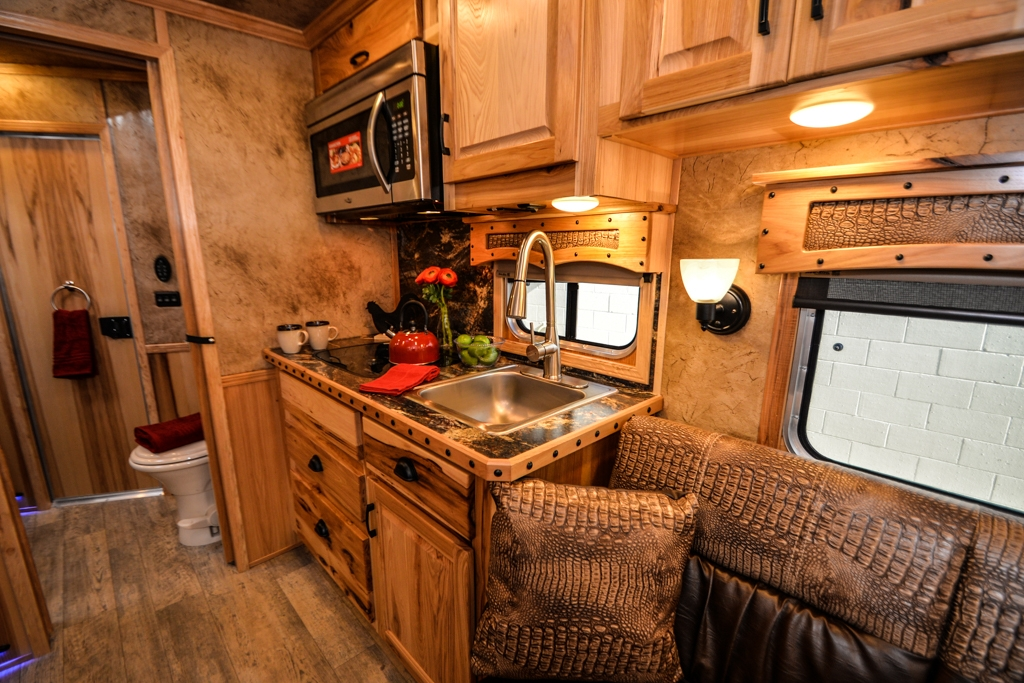 Kitchen in BH8X13CH Bighorn Horse Trailer | Lakota Horse Trailers
