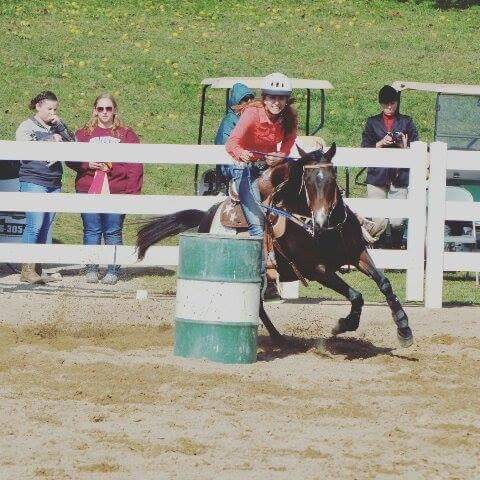 Sabrina Taylor, Barrel Racing