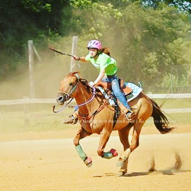Emma Curvin, Barrel Racing