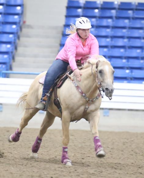 Hannah Bennett, Barrel Racing