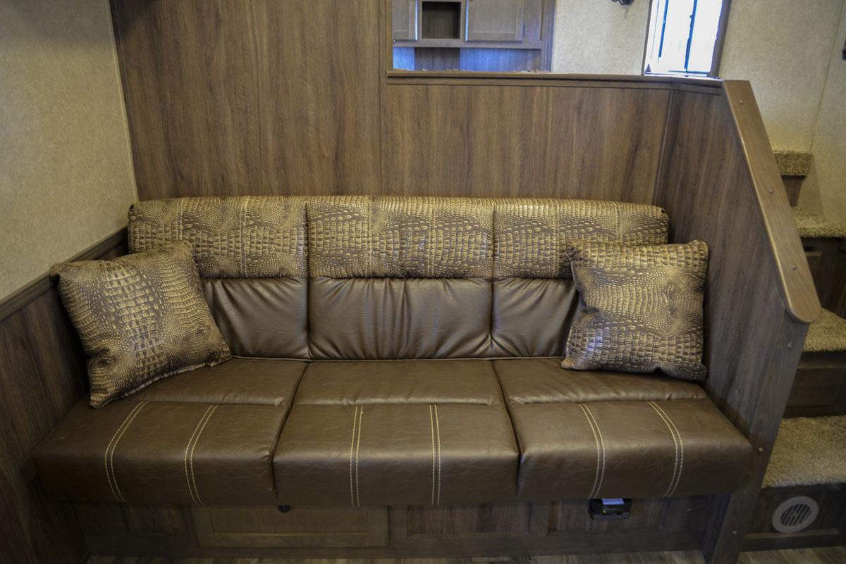 Sofa in Charger C8X17SRB 9'U | Lakota Trailers