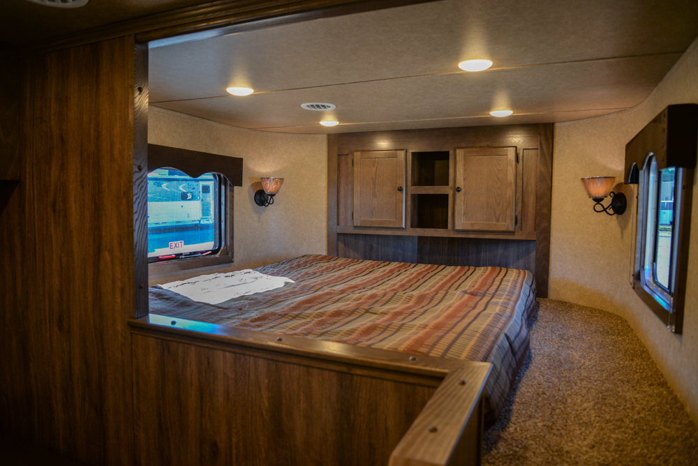 Bedroom in C8X15SOR9S | Lakota Trailers