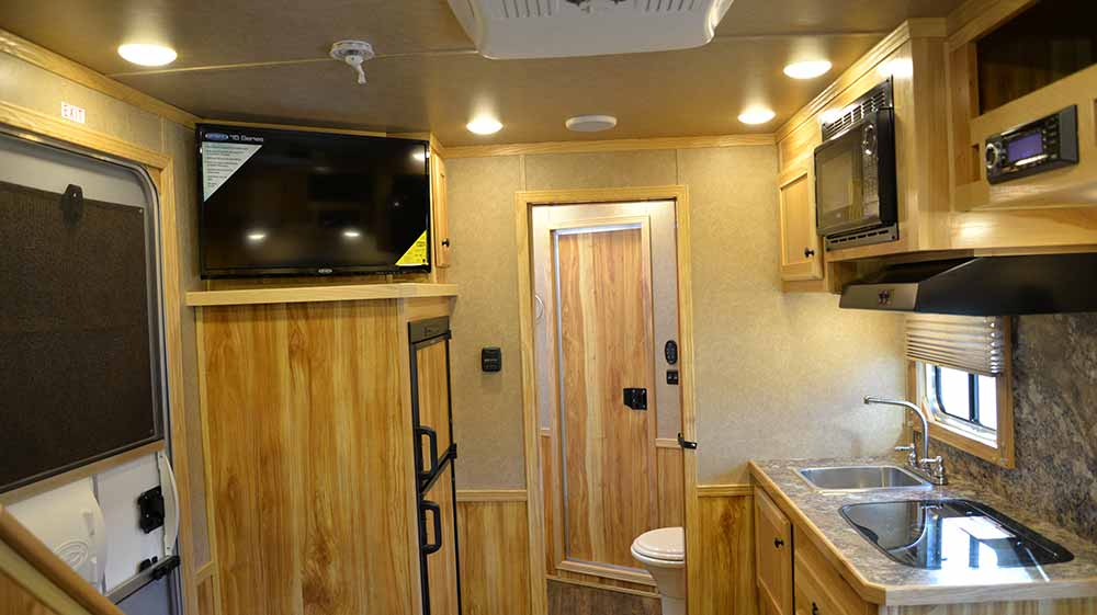 Living space in Charger C8X9SR | Lakota Trailers