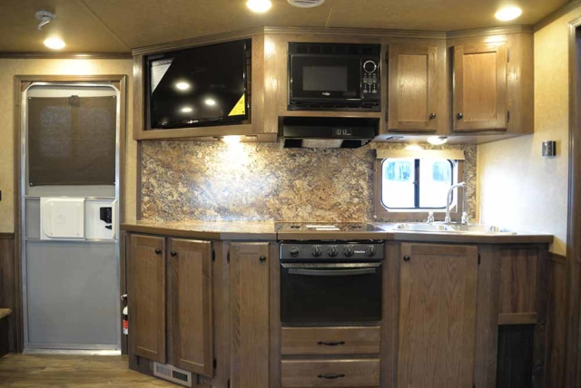 Kitchen C8X15SR | Lakota Trailers