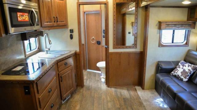 Living space in Bighorn BH8X11RK | Lakota Trailers