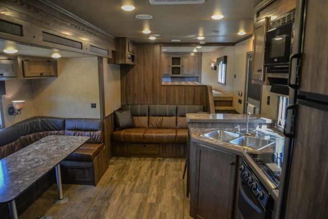Sofa in Charger C8X17SRB 9'U   Lakota Trailers