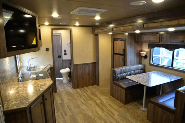 Kitchen and dinette C8X15SR | Lakota Trailers