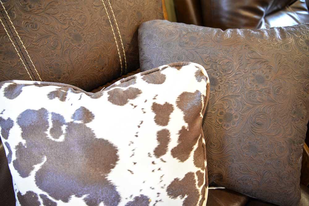 Pillow design in 2019.5 Bighorn BH8X18CE   Lakota Trailers