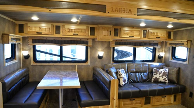Sofa and Dinette in 2019.5 Bighorn BH8X192S| Lakota Trailers