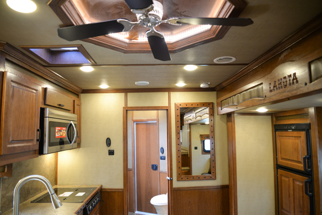 Ceiling fan in 2019.5 Bighorn BH8X14CE | Lakota Trailers