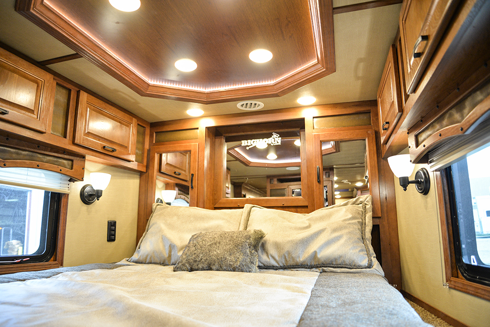 Bedroom in 2019.5 Bighorn BH8X14CE | Lakota Trailers