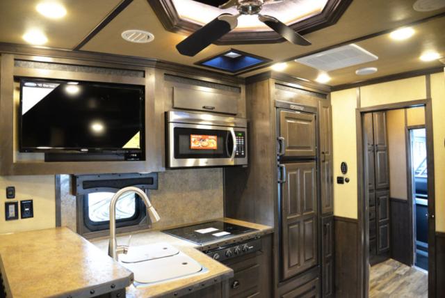 Kitchen in 2019.5 Bighorn BH8X17SRB | Lakota Trailers