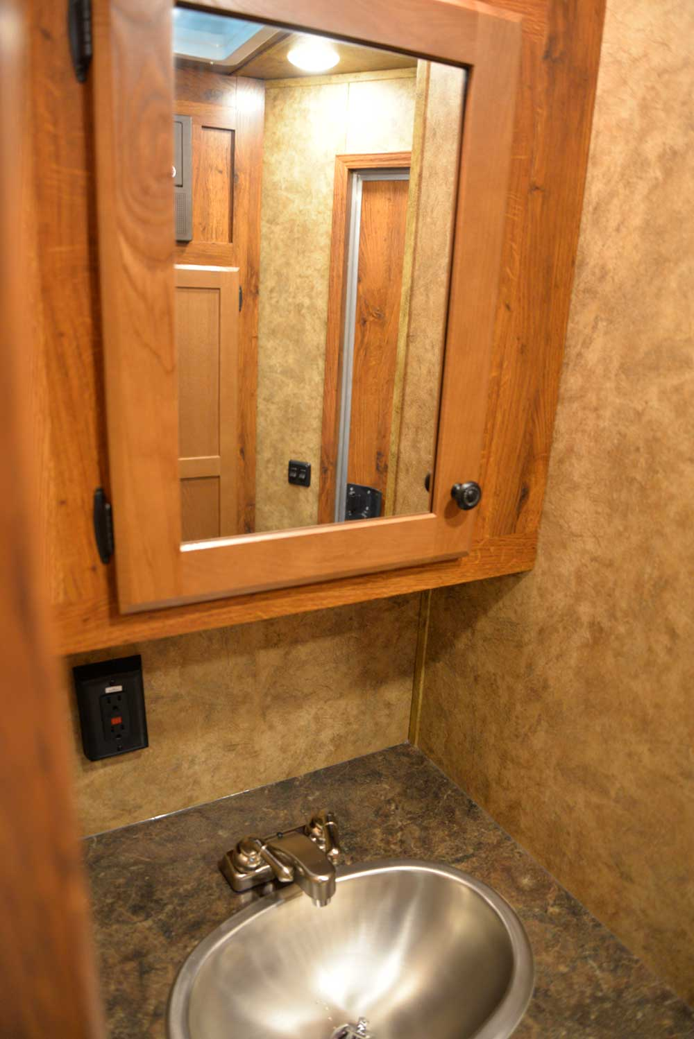 Restroom in ACX9 | Lakota Trailers
