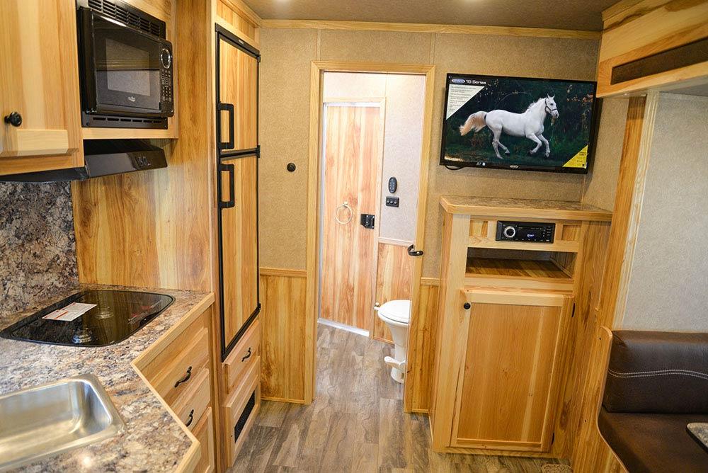 Living Quarters in LE8X13SR Charger Edition Livestock Trailer | Lakota Trailers
