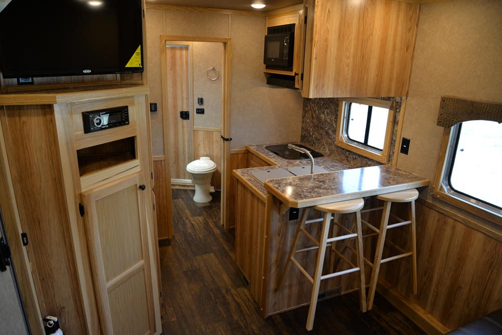 Bar in a C8X13SRB Charger Edition Horse Trailer | Lakota Trailers