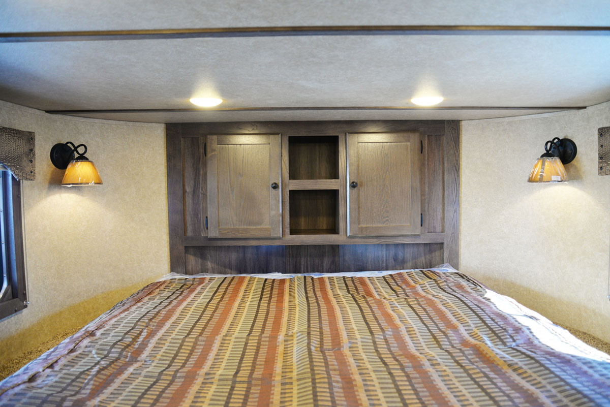 Bedroom in Charger C8X15RK Horse Trailer | Lakota Trailers