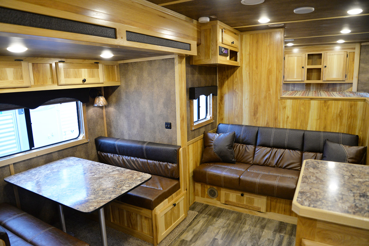 Living Area in Charger LE8X15 Livestock Trailer   Lakota Trailers