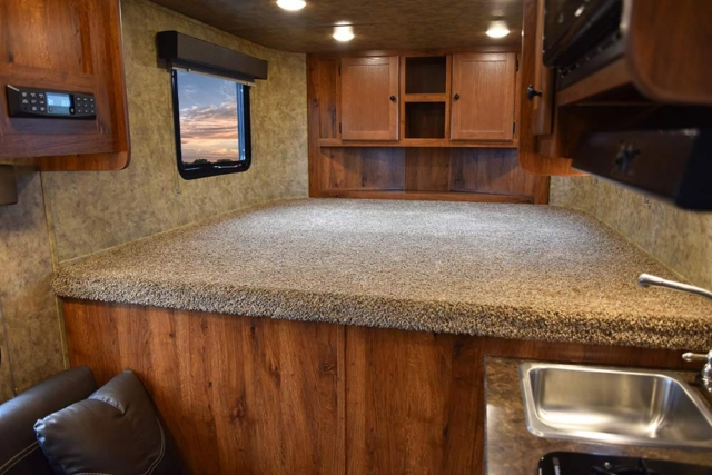 Bed in Gooseneck in ACX7 Colt Edition Horse Trailer   Lakota Trailers