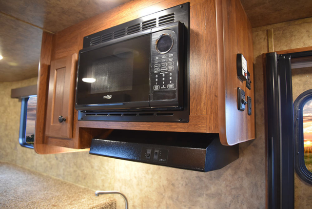 Microwave in ACX7 Colt Edition Horse Trailer   Lakota Trailers