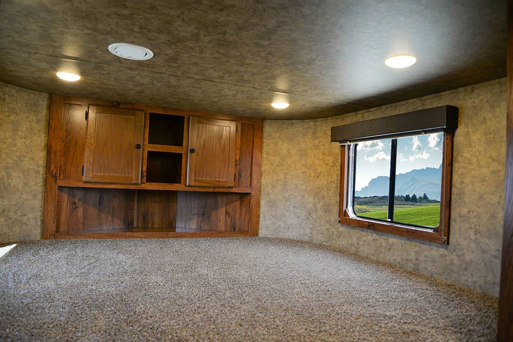 Bed in Gooseneck in AC8X13SO Colt Edition Horse Trailer   Lakota Trailers