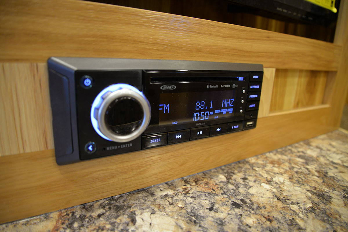 Bluetooth Stereo in Charger LE8X14CE Livestock Trailer | Lakota Trailers