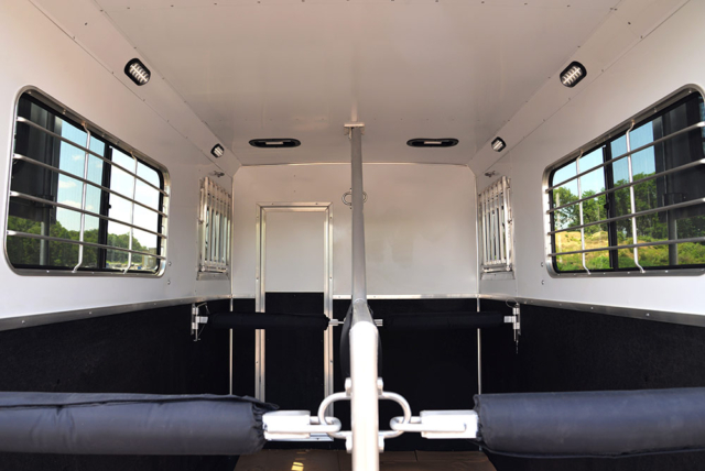 Horse Area in CX9ST Charger Edition Horse Trailer   Lakota Trailers