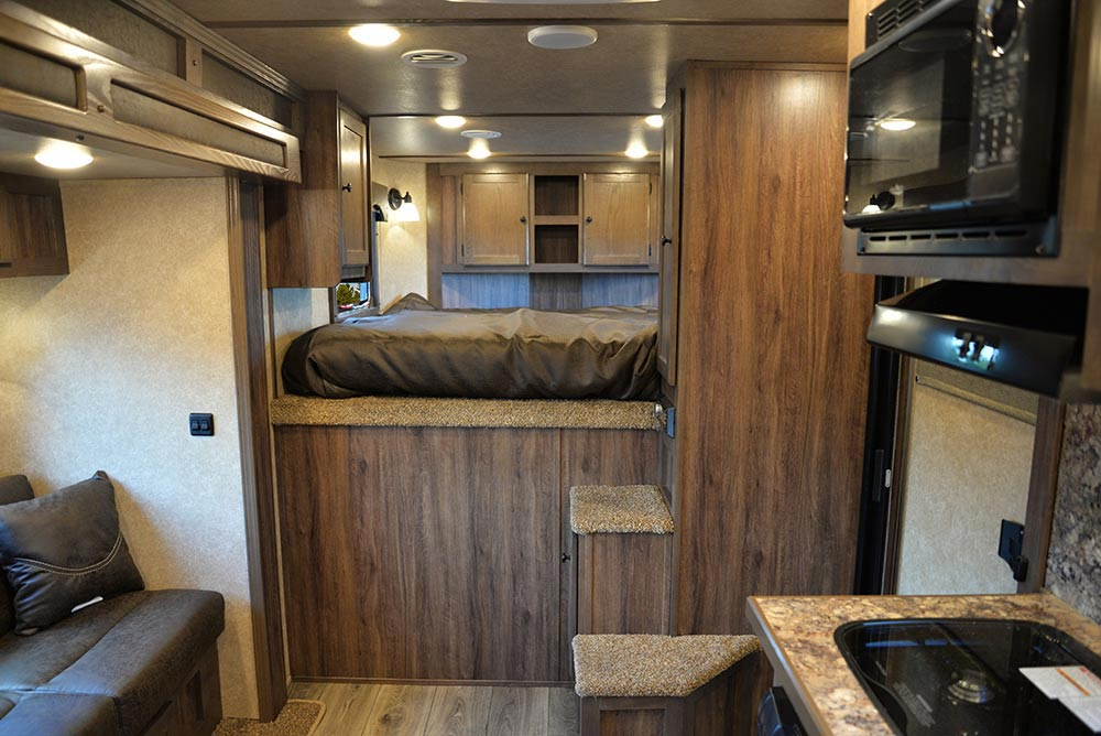Living Quarters in CX9ST Charger Edition Horse Trailer   Lakota Trailers