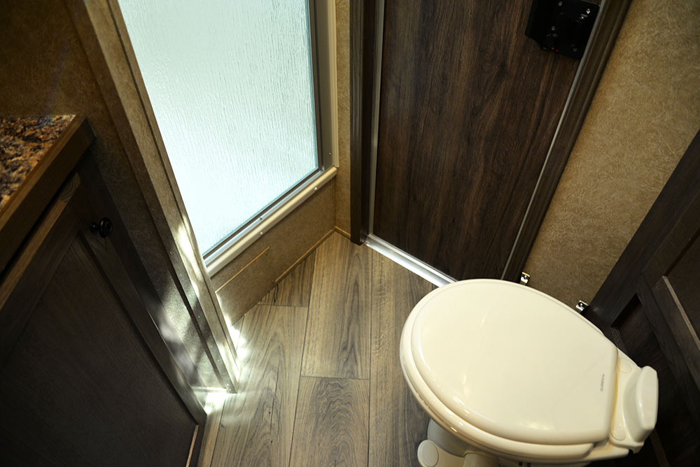 Bathroom Area in CX9ST Charger Edition Horse Trailer   Lakota Trailers