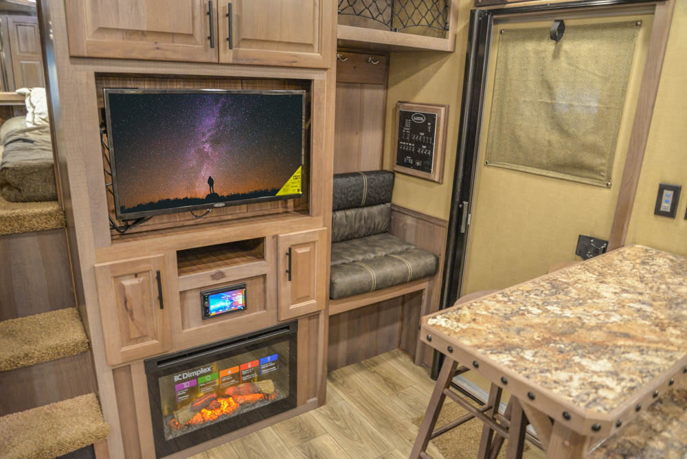 Mud Room Bench in Living Quarters in BH8X18MB Bighorn Edition Horse Trailers | Lakota Trailers