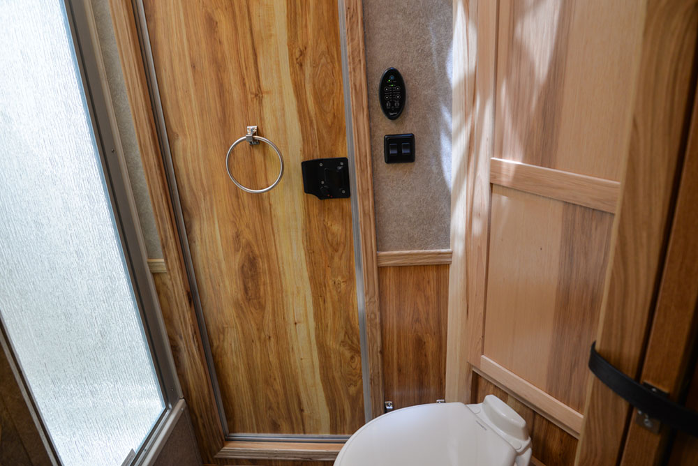 Bathroom in a CX7 Charger Edition Horse Trailer | Lakota Trailers