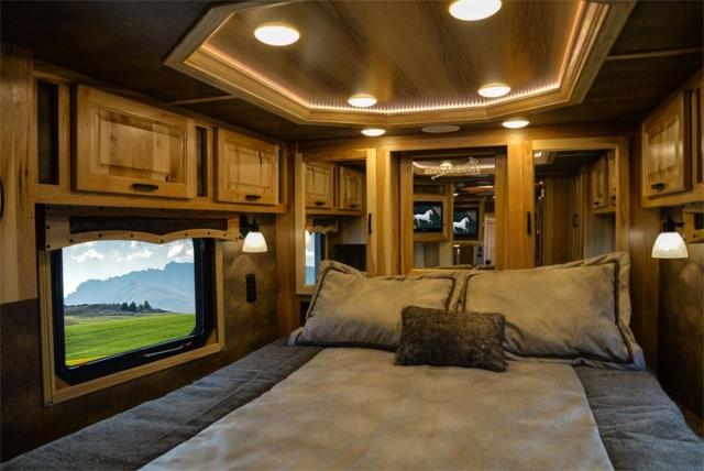 Bed in BH8X15TDSRK Bighorn Edition Horse Trailer   Lakota Trailers