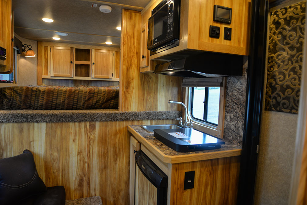 Living Quarters in a CX7 Charger Edition Horse Trailer | Lakota Trailers