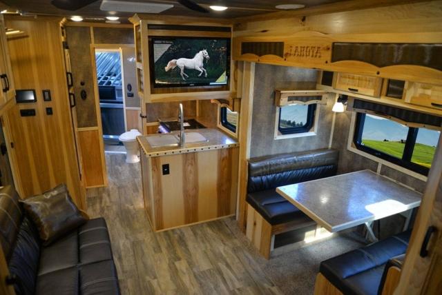 Living Quarters in a BH8X15TDSRK Bighorn Edition Horse Trailer   Lakota Trailers