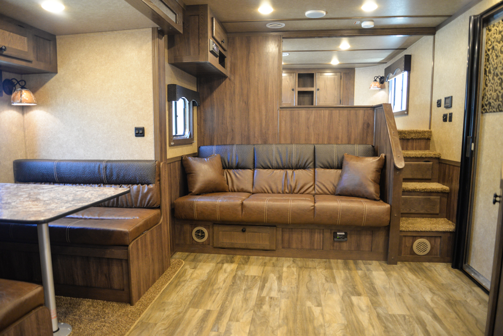 Living Quarters in a Charger C8X15SRB Horse Trailer   Lakota Trailers