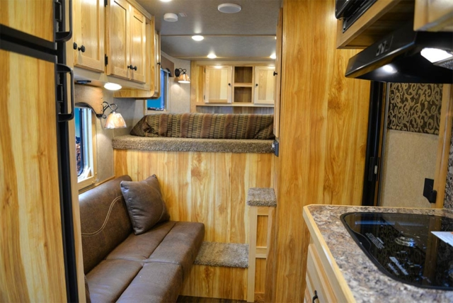 Living Quarters in CX9 Charger Edition Horse Trailer   Lakota Trailers