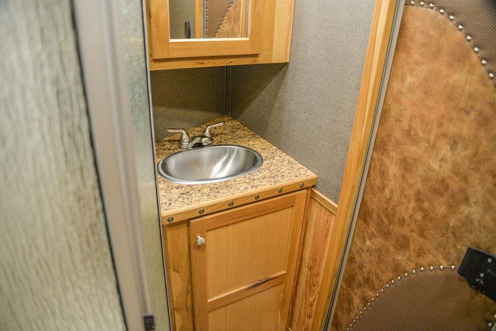 Living area in BH8X15DSRK Bighorn | Lakota Trailers
