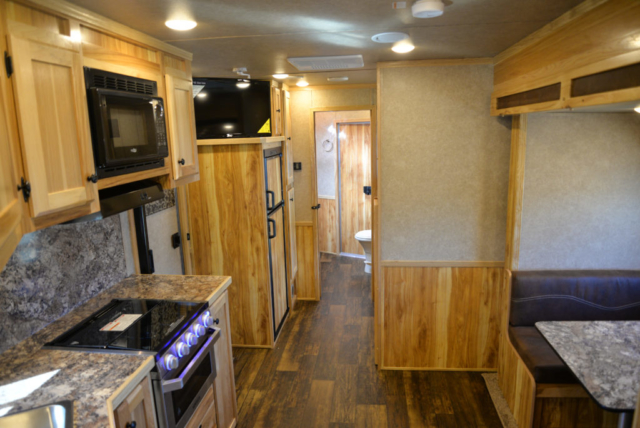 Living Quarters in a Charger C8X16BB Horse Trailer | Lakota Trailers