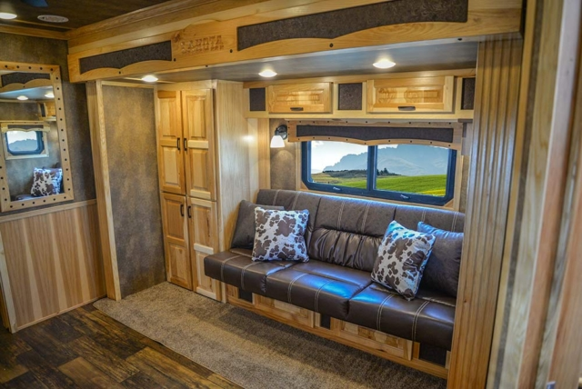 Slide-Out in BH8X23T2S Bighorn Edition Horse Trailer | Lakota Trailers