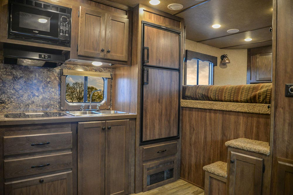 Kitchen area in C8X18BB Charger Edition Horse Trailer   Lakota Trailers