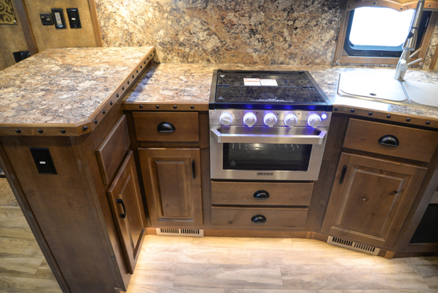 Kitchen In Bighorn Edition BH8X16SRB   Lakota Trailers