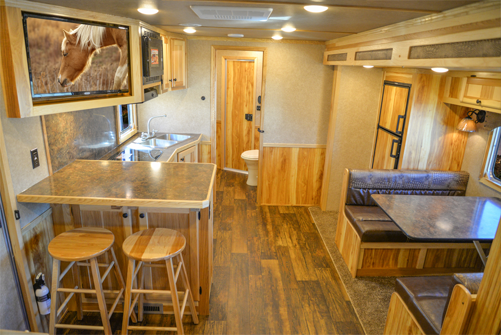 Living Quarters in a C8X15SRB Charger Edition Horse Trailer | Lakota Trailers