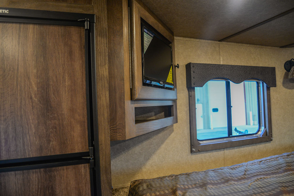 TV in a C8X18BB Charger Edition Horse Trailer | Lakota Trailers