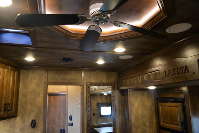 Ceiling Fan In Bighorn Edition BH8X16SRB   Lakota Trailers