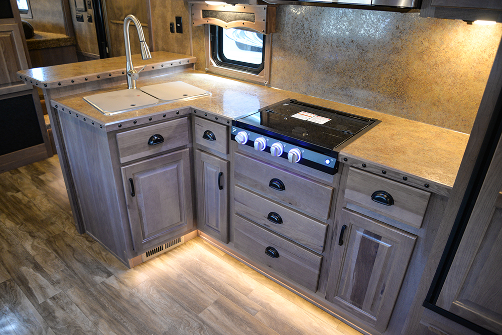 Kitchen In Bighorn Edition BH8X17 | Lakota Trailers