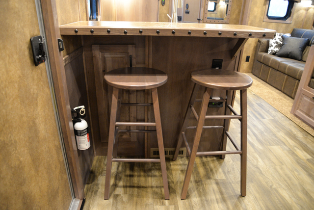 Kitchen Bar In Bighorn Edition BH8X17 | Lakota Trailers