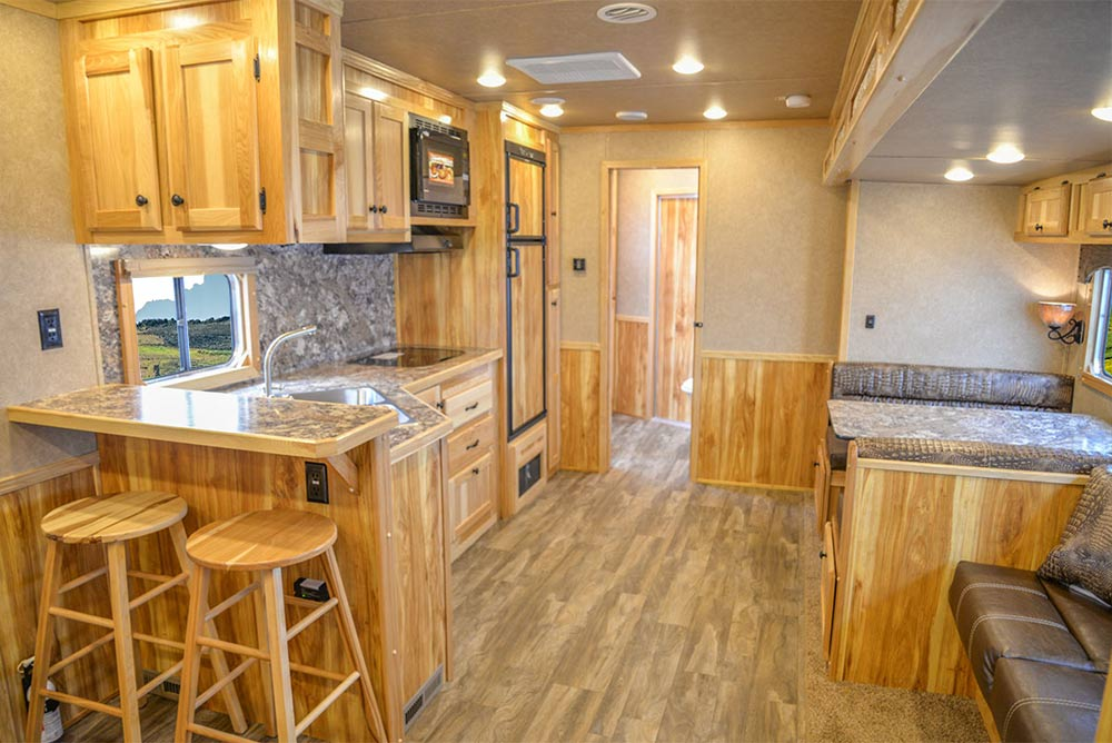 Living Quarters in C8X18CE Charger Edition Horse Trailer | Lakota Trailers