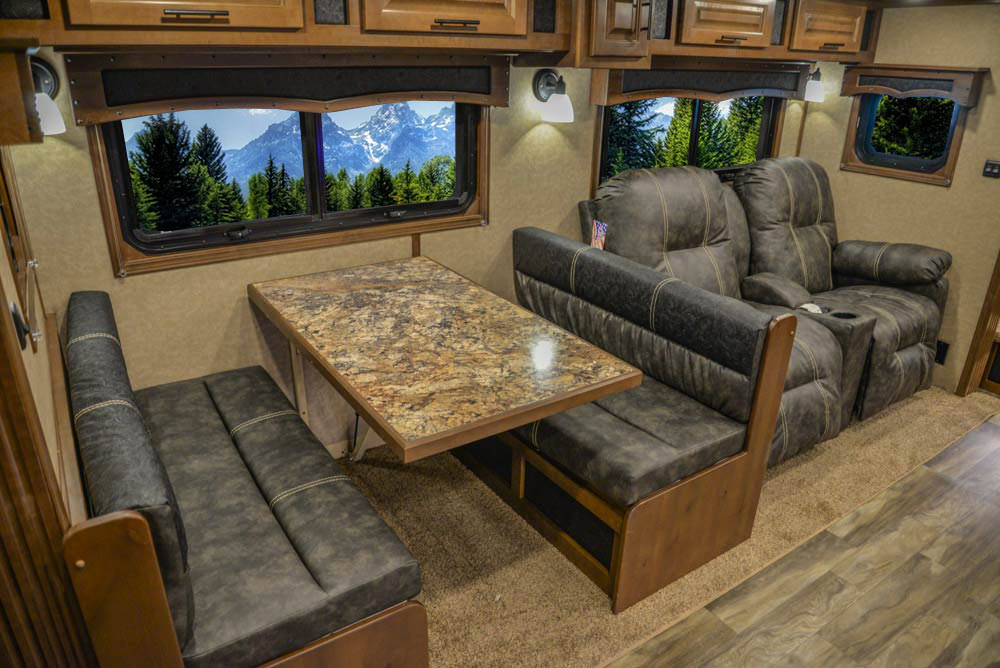 Slide-out in BH8X18CE Bighorn Edition Horse Trailer | Lakota Trailers