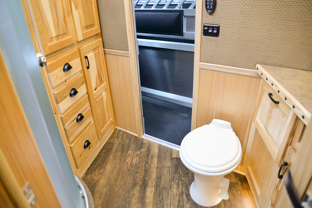 Bathroom In Bighorn Edition BH8X14CE | Lakota Trailers